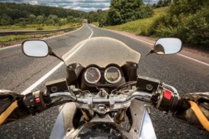 Man Killed in Crash Involving Motorcycle on Interstate 635 | KRW Lawyers
